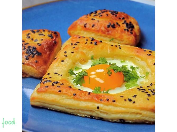 Doručak IZ SNOVA: Jaje u LISNATOM testu za BRZ i savršen obrok!