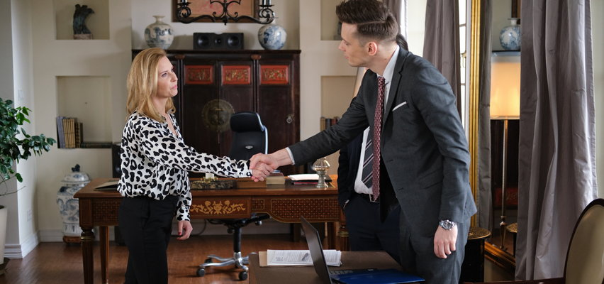 """""""Na Wspólnej"""" odcinek 3286. Darek pozna żonę swojego ojca. To nie będzie ciepłe przyjęcie..."""