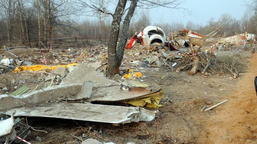 72-latka zniszczyła tablicę smoleńską