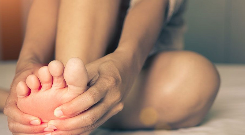 15 Reasons Why Your Feet Are Absolutely Killing You