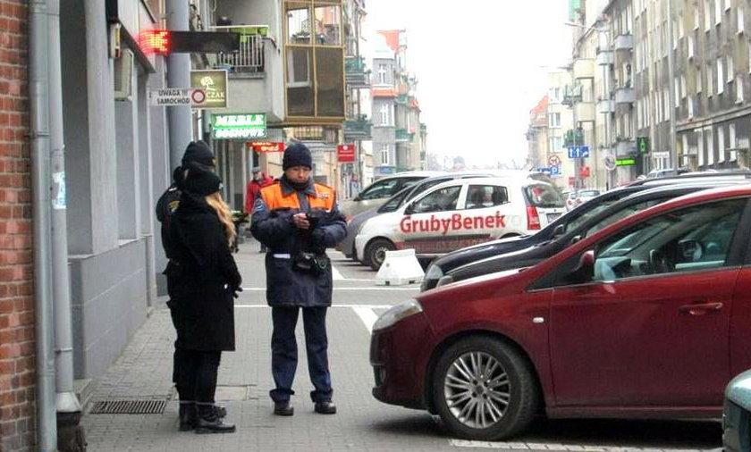 Wspólne patrole straży miejskiej i parkingowych