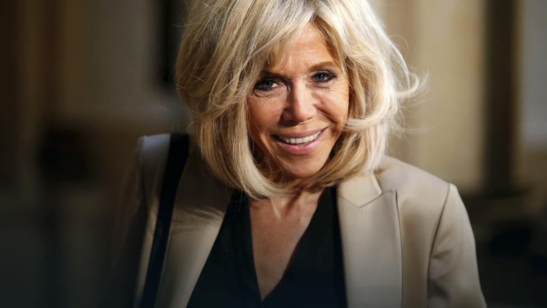Stylowa Brigitte Macron z torebką za prawie 18 tys. złotych