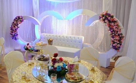 Simple wedding decor (Courtesy)