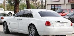 Oto bryka znanej celebrytki. Rolls-Royce!