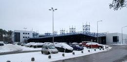 Alarm w Szczecinie. Pasażer z Azji źle się poczuł na lotnisku