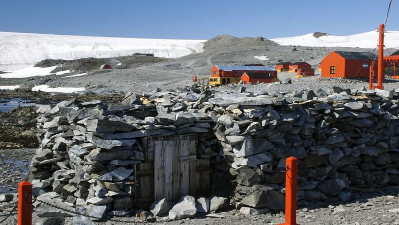 Antarktyczna baza badawcza