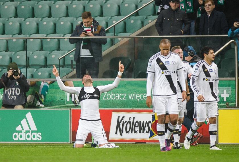 Legia Warszawa świętowała po zwycięstwie z Lechem. Impreza w szatni