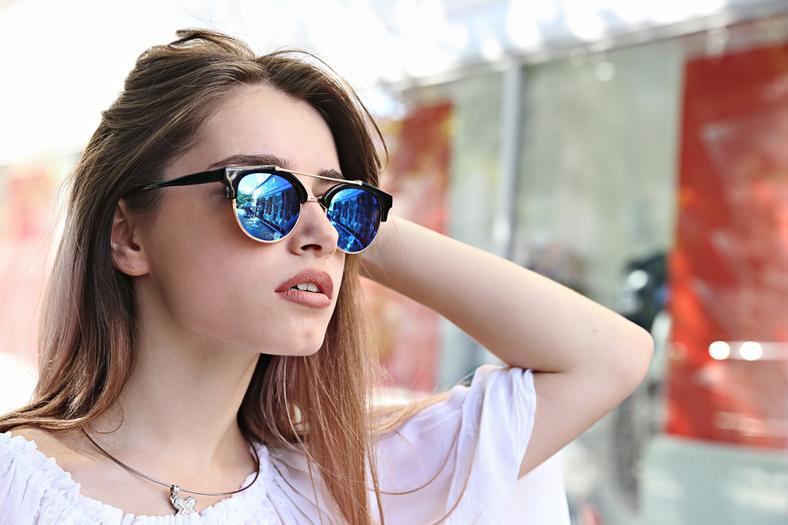 b5533c8d60051 Wybieramy najlepsze okulary przeciwsłoneczne w 4 krokach - Moda