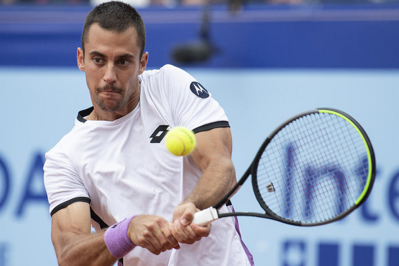 PRVI PUT U KARIJERI NA BETONU Laslo Đere se plasirao u četvrtfinale turnira u Nur-Sultanu