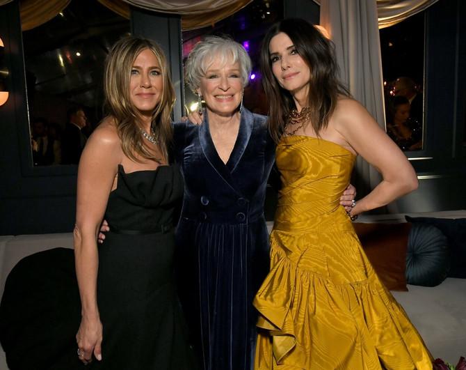 Dženifer Aniston, Glen Klouz i Sandra Bulok na Zlatnom globusu