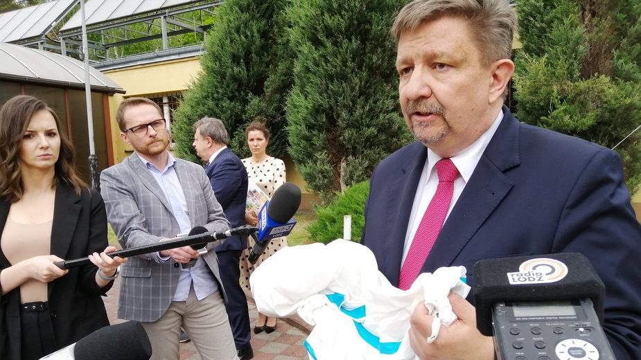 11 respiratorów dla szpitali od łódzkiego Urzędu Marszałkowskiego