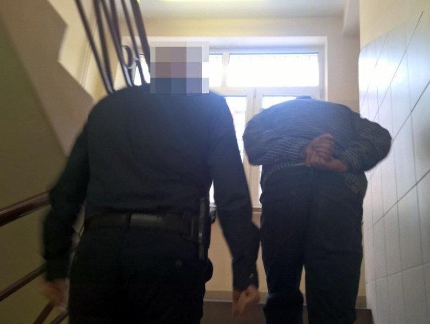 Warszawa: Dźgał ukochaną nożem. Krzyczał, że nie będzie z nikim oprócz niego