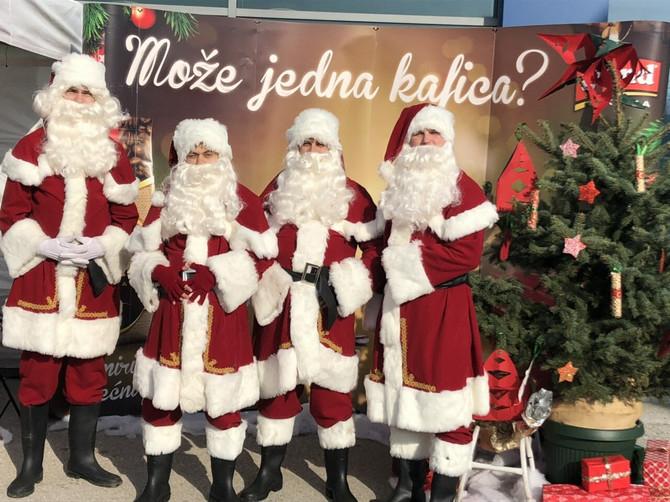 Deda Mrazovi Grand kafe upotpuniće prazničnu atmosferu