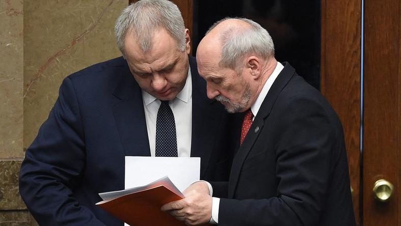 Jacek Sasin i Antoni Macierewicz