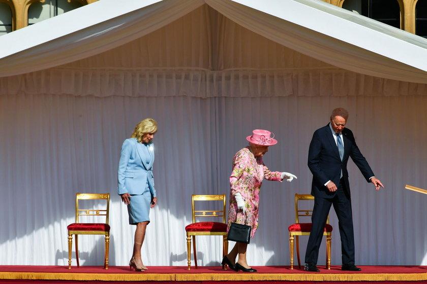 Elżbieta II z parą prezydencką z USA