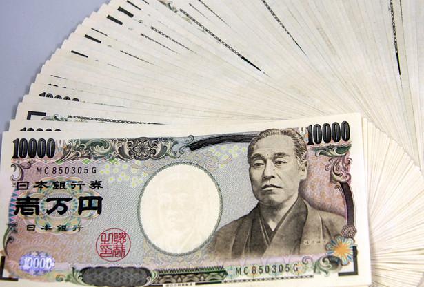 Zwiększenie przez japoński banku centralny kwoty przeznaczonej na skup obligacji nie spowodowało euforii na naszym kontynencie, a poprawa nastrojów nie przetrwała próby czasu.