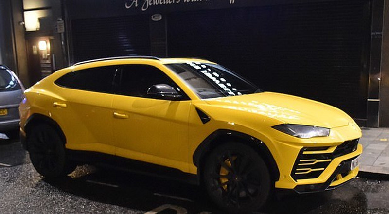 Liverpool star Roberto Firmino fined for abandoning yellow Lamborghini Urus at restaurant