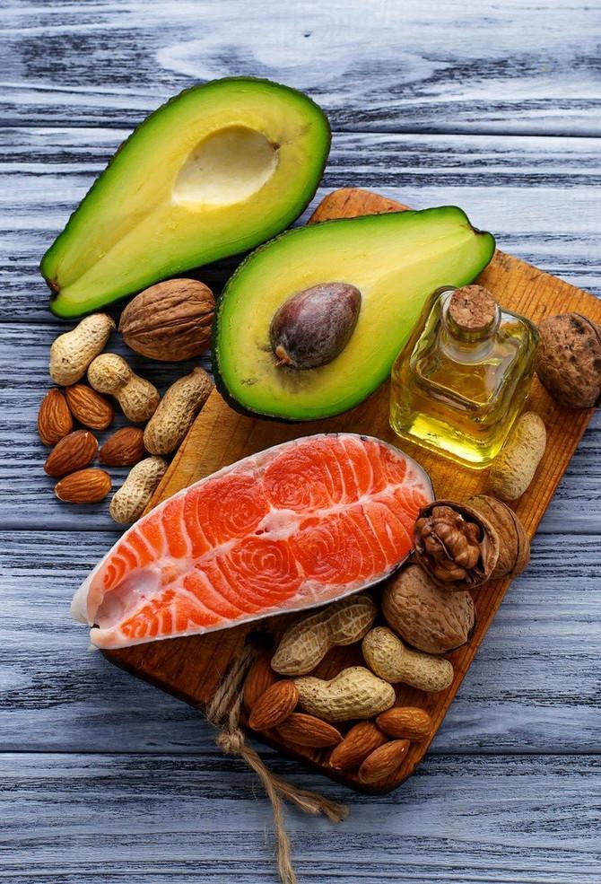 Uključite zdrave masti u ishranu tokom celog dana
