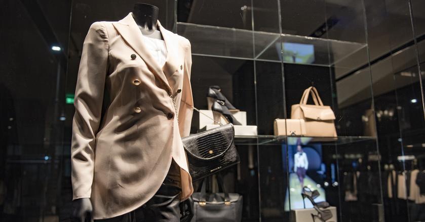 Polak statystycznie wydaje około 60 zł miesięcznie na ubrania. To znacznie mniej niż na zachodzie Europy