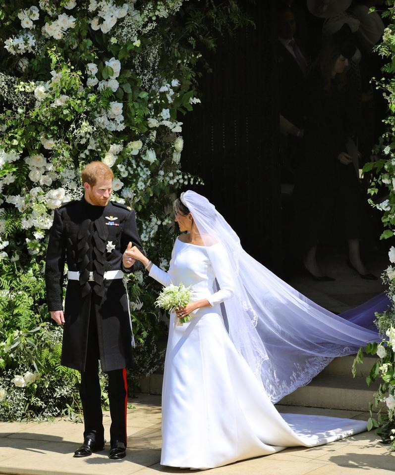ślub Meghan I Harryego Suknia ślubna Meghan Markle Zdjęcia