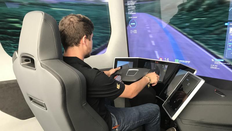 Miejsce pracy w ciężarówce przyszłości Bosch VisionX