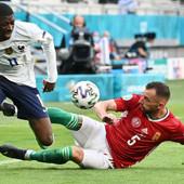 NOVI UŽAS EVROPSKOG PRVENSTVA Jedan od najboljih igrača Francuske završio turnir! Ušao u igru, povredio se - i kraj!