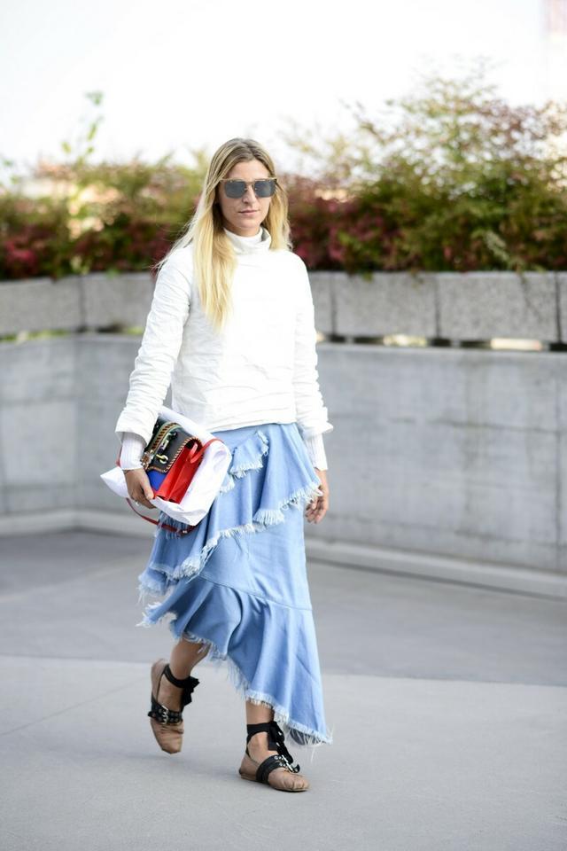 Jak modnie nosić falbany?