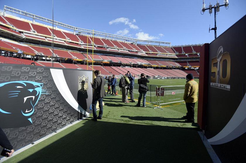 Super Bowl: mobilizacja służb w Santa Clara. Boją się zamachu?