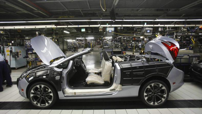 """We wrześniu 2015 roku w Gliwicach uruchomiono seryjną produkcję zupełnie nowego opla astry w wersji hatchback, nagrodzonego """"Złotą Kierownicą"""". Chwilę później Amerykanie ogłosili, że śląska fabryka tego giganta zrealizuje nowe zlecenie. Zakład zajął się produkcją dla luksusowej marki Buick należącej do General Motors. Dziś okazuje się, że ten samochód jest rozchwytywany. Oto szczegóły…"""