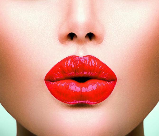 Trajnom šminkom ublažite nedostatke, ali nikako ne preterujte