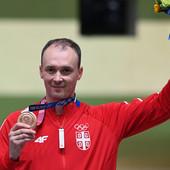 TRENUTAK ZA ISTORIJU! Scena za pamćenje, Milenko Sebić na olimpijskom postolju! /VIDEO/