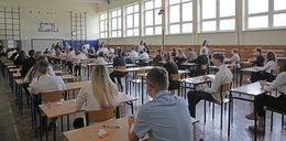 Egzaminy językowe się odbędą. Są nauczyciele do komisji