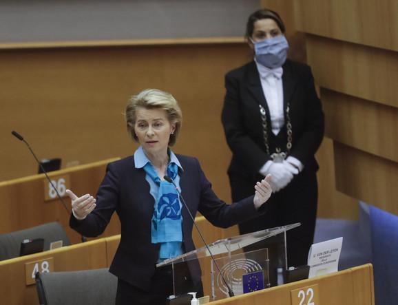 Ursula Fon Der Lajen