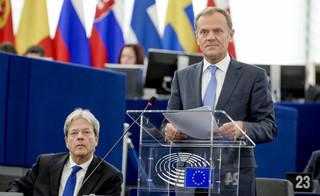 Macierewicz oskarża Tuska o zdradę dyplomatyczną. Prawnicy oceniają szanse powodzenia wniosku