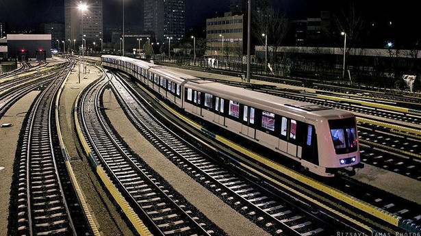 Budapeszt: 4 linia metra, pociąg Metropolis Alstomu