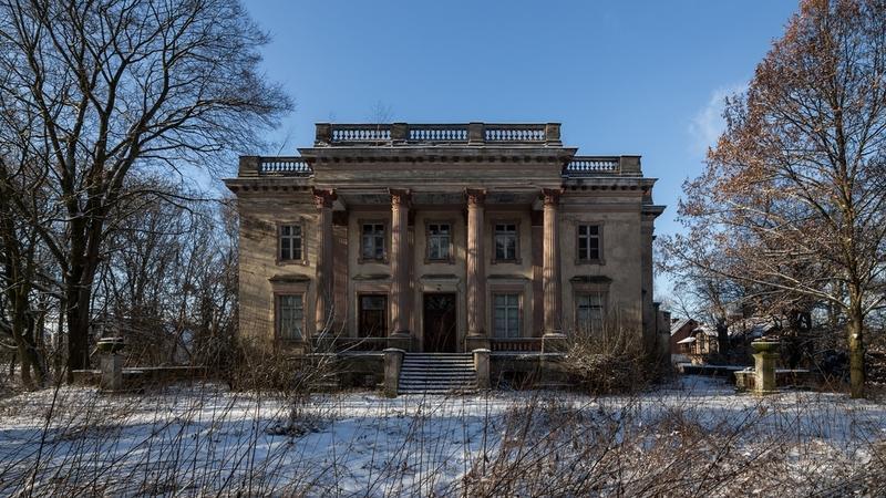 Opuszczony pałac w Słomowie