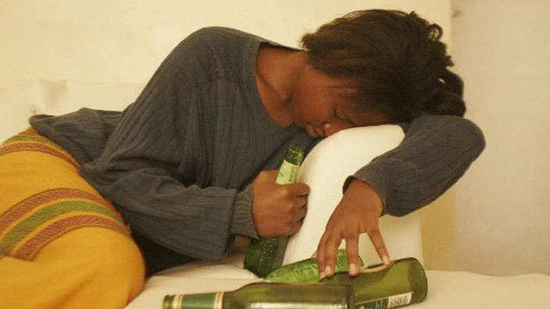 DRUNK WOMAN (Daily Nation)