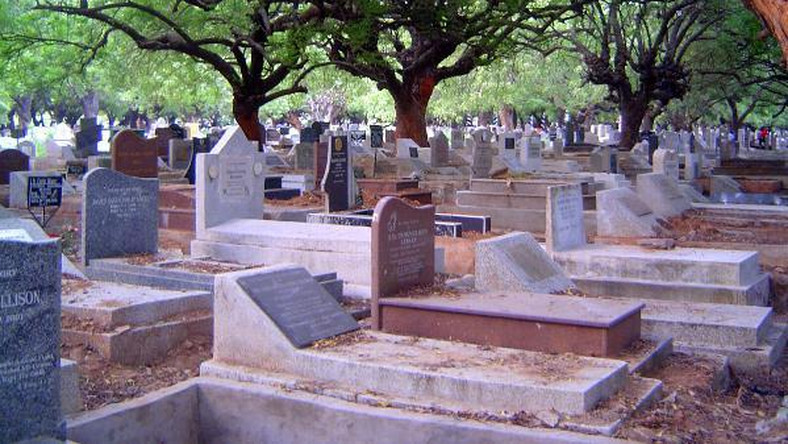 Eastern region police mount search for corpse after it mysteriously disappeared from grave