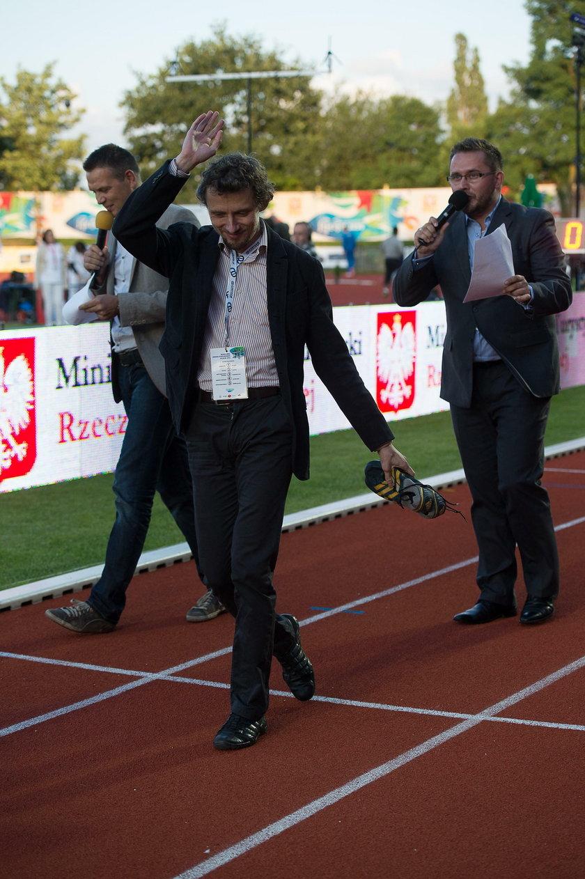 Prezes PZPN i medalista MŚ odpowiedzieli lekkoatletom