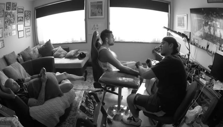 Nik Kirjos se tetovira