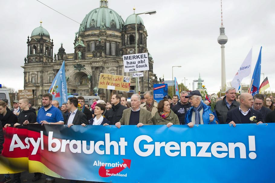Germany, Berlin: Demonstration of AfD party against refugees and Merkel government