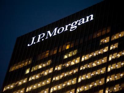 JP Morgan Chase to największy amerykański bank. W Polsce obecny jest od 1995 roku, teraz otworzy tu jeden z głównych oddziałów