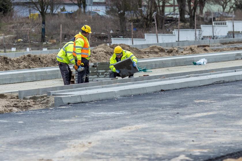 Trzeba było dołożyć pieniądze do budowy trasy na Naramowice.