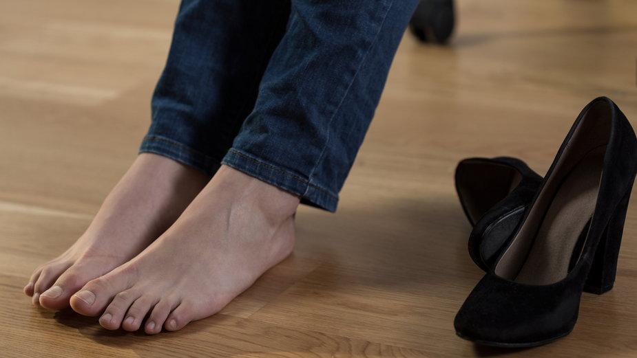 Opuchnięte stopy?
