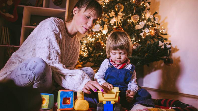 Warto sprawdzić, czy to, co kupuje się dla dziecka, jest bezpieczne.