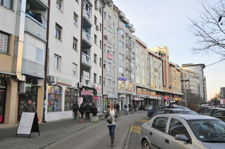 422886_novi-sad1945-najskuplji-stanovi-ugao-bulevar-oslobodjenja-i-cirpanova-ulica-foto-robert-getel
