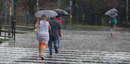 Prognoza na cały tydzień. Od środy będzie chłodniej, spodziewany jest deszcz i burze