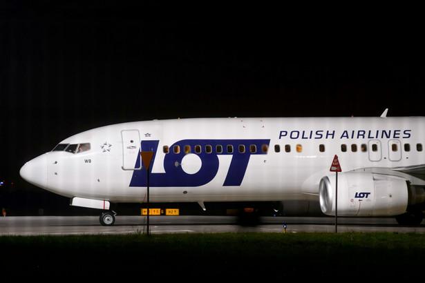 Lądowanie dwóch samolotów PLL LOT z ewakuowanymi z Afganistanu