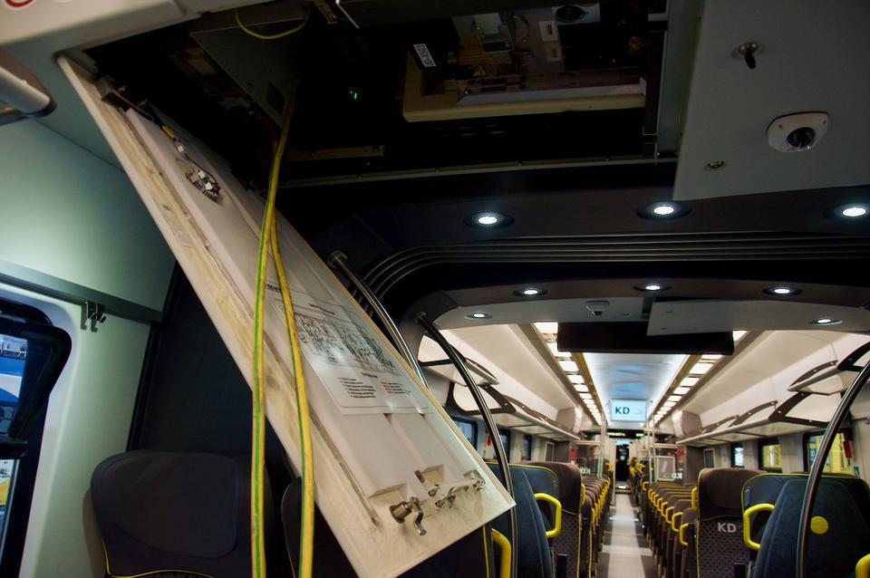 Każdy pociąg Impuls kryje kilometry kabli.