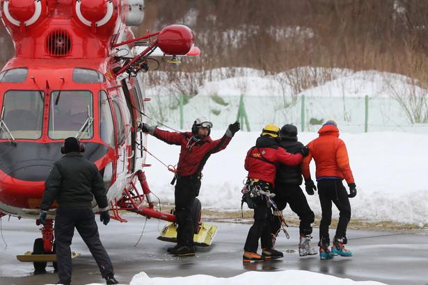 Dwaj poszkodowani podczas lawiny w Tatrach na lądowisku TOPR